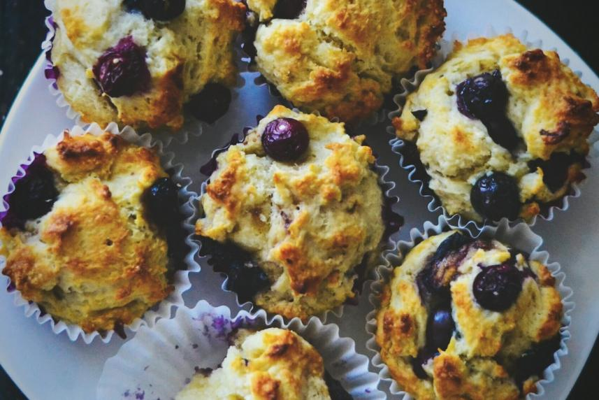 Healthy Smoothie Muffins