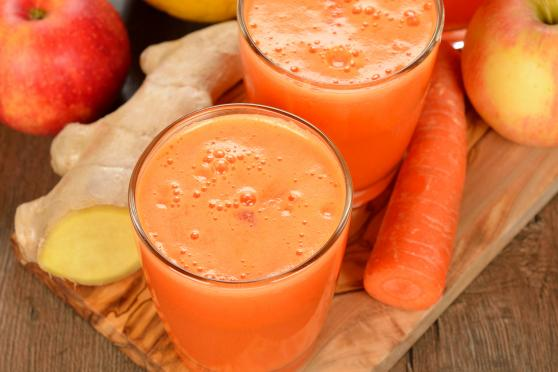 Carrot, ginger and apple smoothie