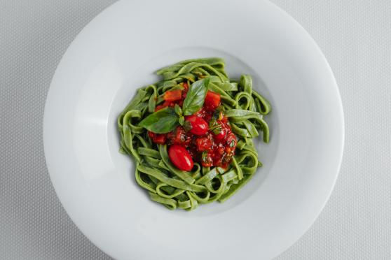 Edamame Fettucine, with Spinach and Tomato