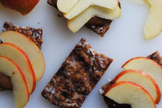 Date Fruit and Nut Snack Bars