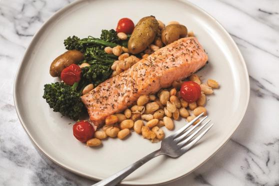 Foil-pack mediterranean salmon and veggies plated