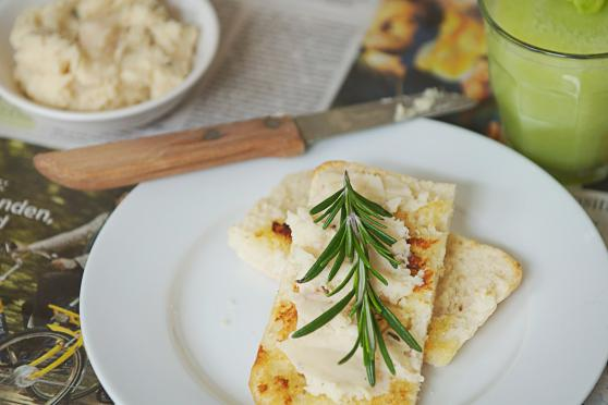 Rosemary-Garlic White Bean Spread on toasted bread.